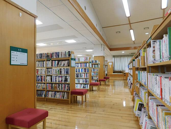 一般図書コーナー